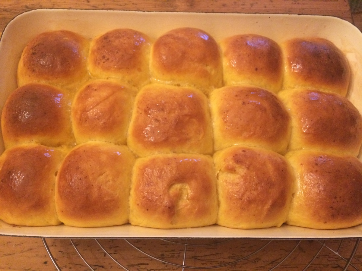 Fluffige Süßkartoffel-Brötchen (Sweet Potato Dinner Rolls)