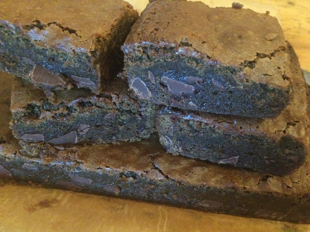 Lebkuchen-Brownies mit Schokolade (Gingerbread-Brownies)